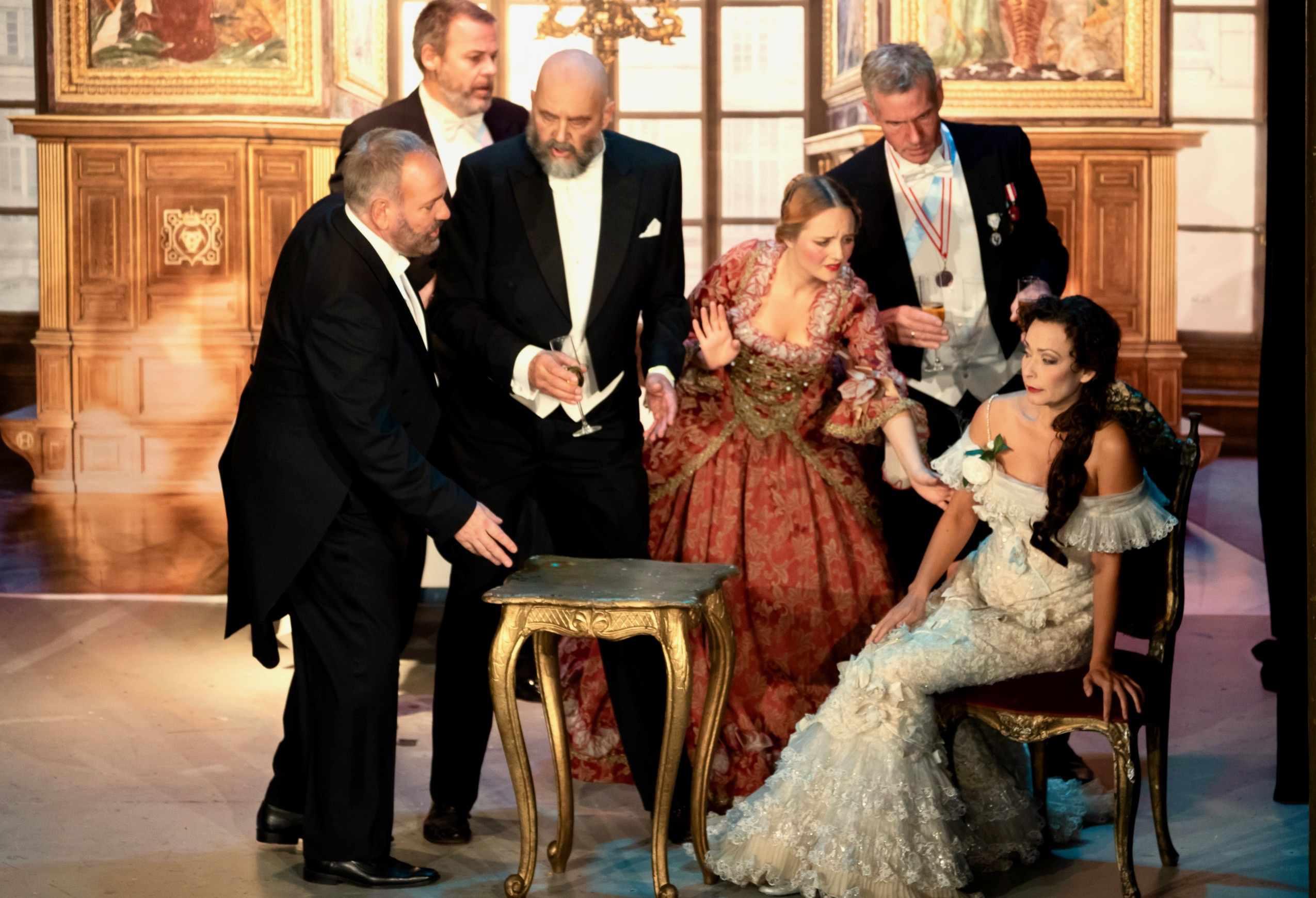 Camilla Illeborg, soprano - La Traviata